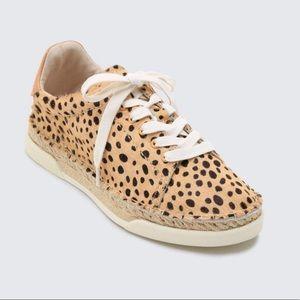 Dolce Vita Madox Leopard Print Sneaker 6 NEW